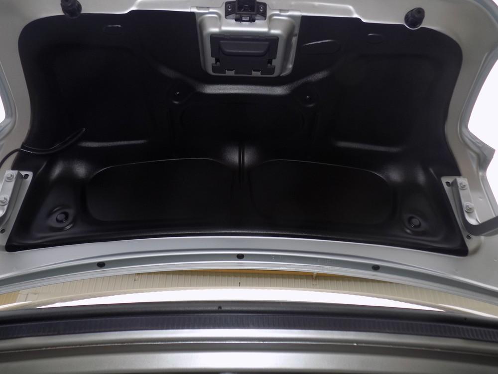 Обшивка крышки багажника рено логан своими руками